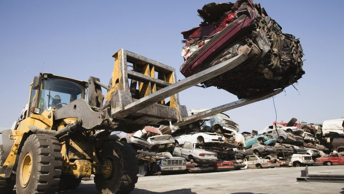 Are Salvage Lots a Good Place to Find Repairable Autos for Sale?