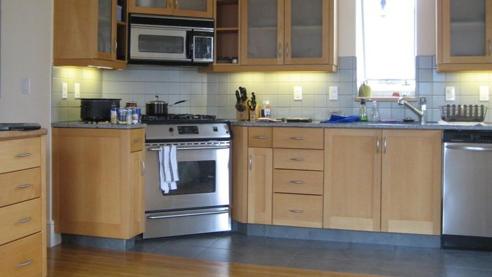 What are the top-rated kitchen stoves?