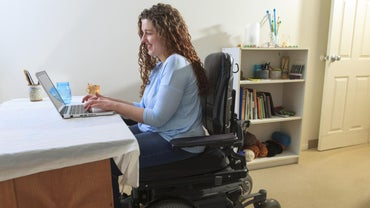 What Is the Average Life Span of a Person With Muscular Dystrophy?