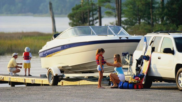 Can You Buy Cheap Boat Trailers on EBay?