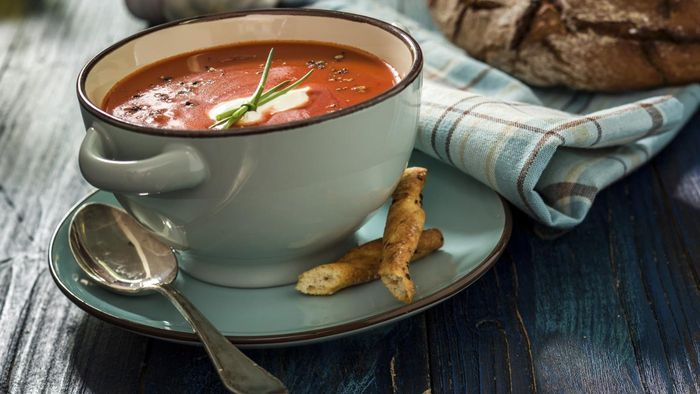 How Do You Make Fresh Tomato Soup?