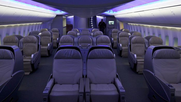 Where Can You Find Boeing 747-400 Seating Charts?