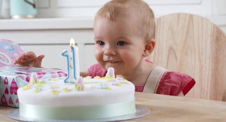 What Are Good Places to Celebrate a Child's First Birthday Party?