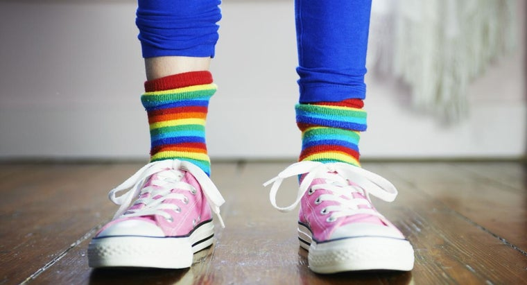 How Do You Determine the Appropriate Sock Size for Kids?