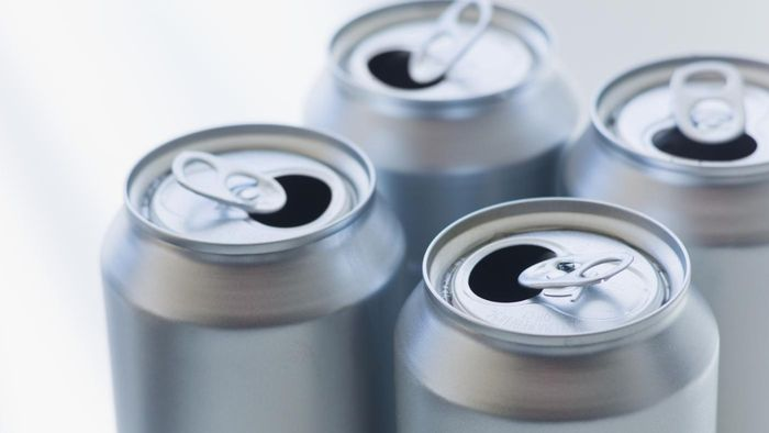 How do you recycle aluminum can tops for money?