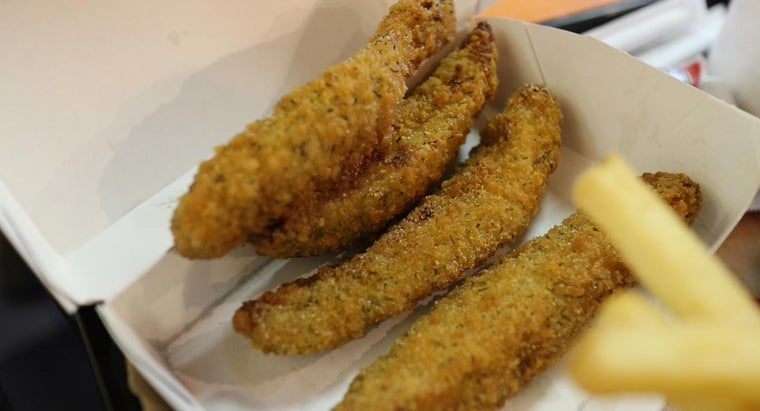 What Is a Recipe for Fried Dill Pickles?