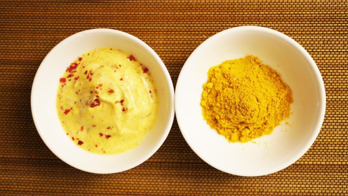 What Is an Easy Curry Sauce Recipe That Is Not Overly Spicy?