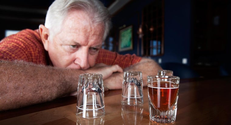 What Are Some Symptoms of Alcohol Detox?