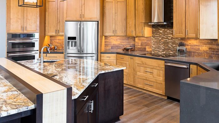 what are the advantages and disadvantages of quartz countertops. Black Bedroom Furniture Sets. Home Design Ideas