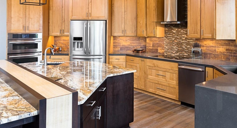 What Are the Advantages and Disadvantages of Quartz Countertops?