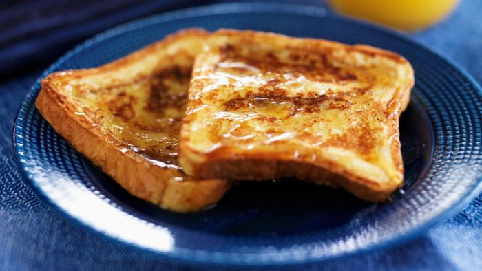 How do you make overnight French toast?