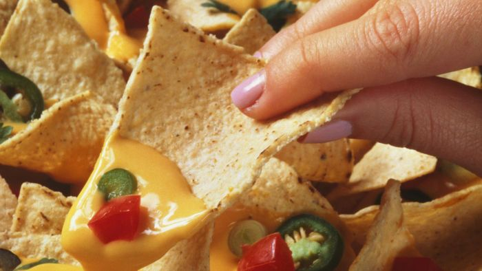 What Is a Quick and Easy Nacho Cheese Recipe?
