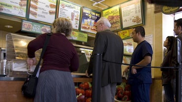 """What Sandwiches Are Usually on the """"$5 Footlong"""" List at Subway?"""