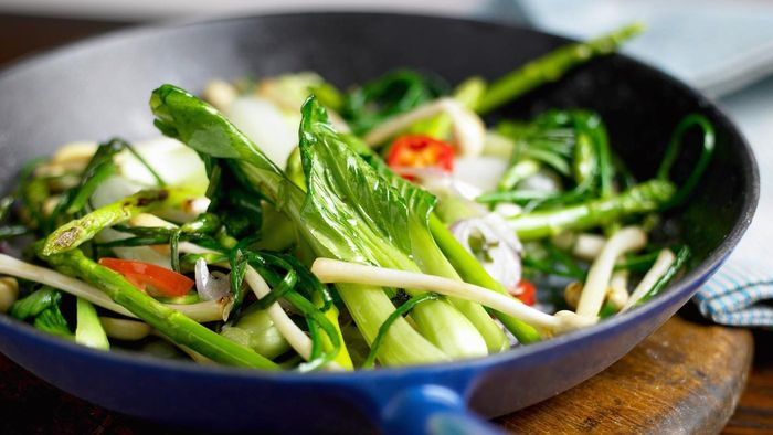 What are some good stir-fry recipes for bok choy?