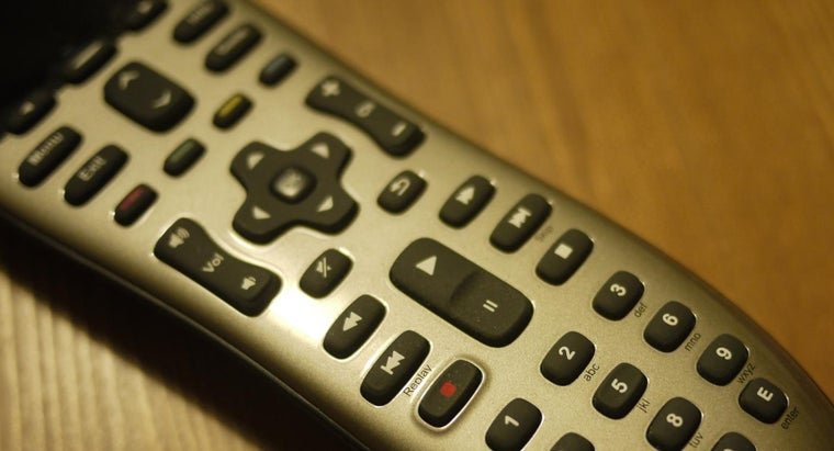 What Are Some Features of an All-in-One TV Remote Control?