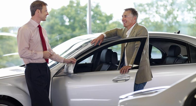 What Brands of Cars Does Courtesy Ford in Altoona, Pennsylvania, Sell?