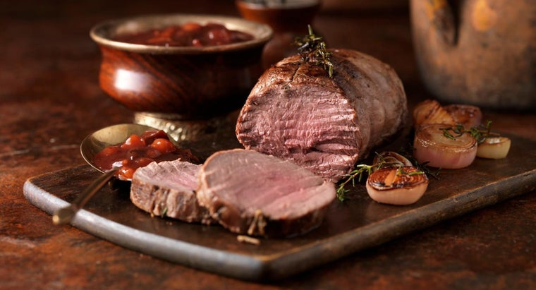 What Are Some Recommended Roasting Times for Different Meats?