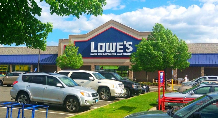 How Do You Apply for a Job at a Lowe's Store?