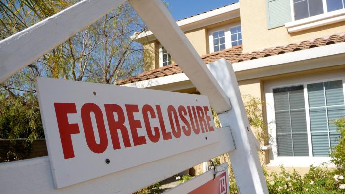 What Happens When a Home Is in Foreclosure?