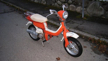 What Are Some Cheap Moped Insurance Policies?