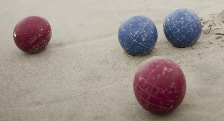 What Are Some Important Rules of the Bocce Ball Game?