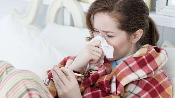 What Are Some Symptoms of Walking Pneumonia?