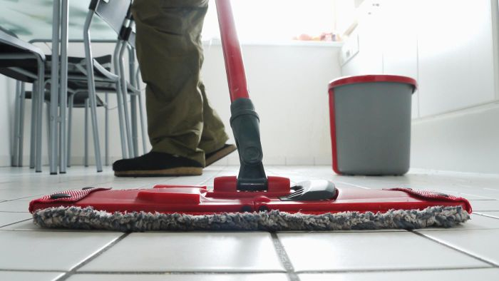 Can tile floors be cleaned with natural products?