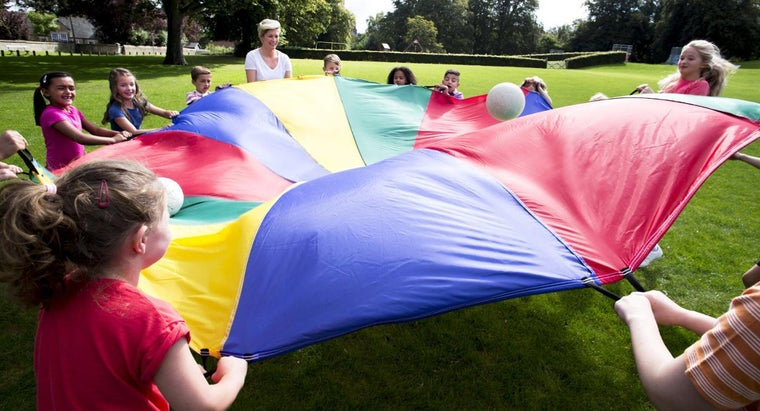 What Are Some Fun Party Games for Kids Under 5?