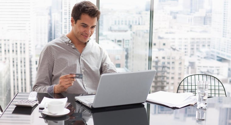 What Are the Benefits of Having an Online Credit Card Account?