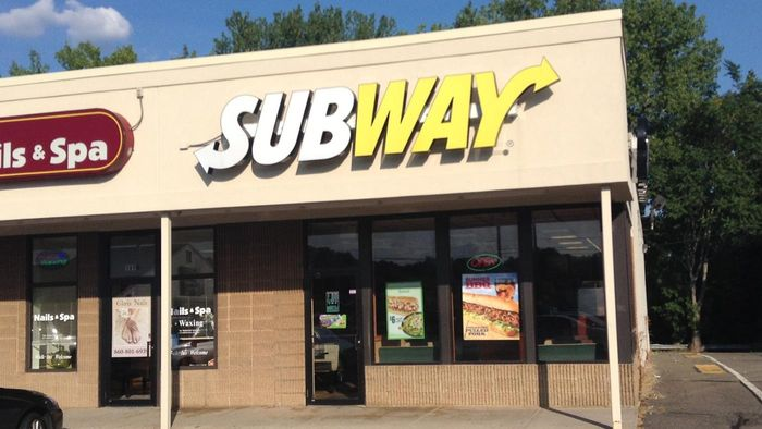 Where are print applications for Subway available?