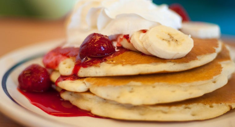 What Is a Good Recipe for Easy Homemade Pancakes?