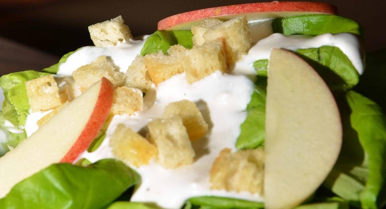 What Is a Good Recipe for Chunky Blue Cheese Dressing?