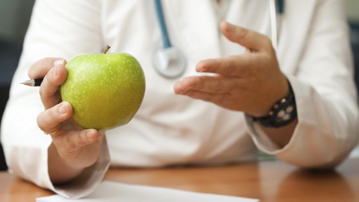 How Do You Get Your Nutritionist Degree Online?