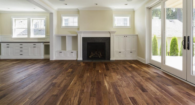 What Are Some Ways to Clean Old Hardwood Floors?