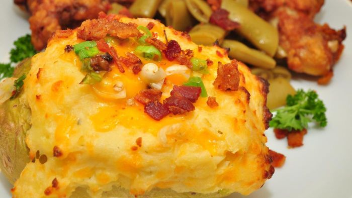 What Is a Recipe for Loaded Baked Potatoes?
