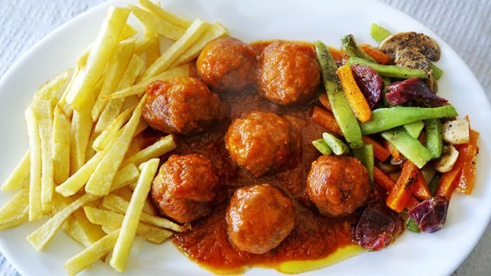 Where Can You Find Online Recipes for Meatball Sauce?