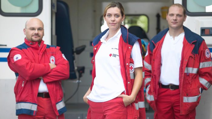What Is the Salary for an Entry-Level Paramedic?