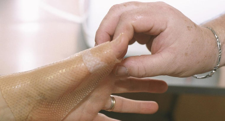 What Is the Most Effective Way to Treat a Thermal Burn on a Finger?