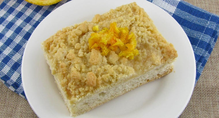 What Is an Easy Recipe for Crumb Cake?