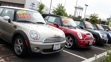 How Do You Find the Kelley Blue Book Value of Used Cars?