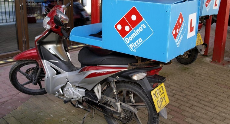 How Do You Find Pizza Specials at Domino's?