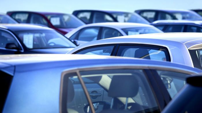 Where Do You Find a List of Bank-Repossessed Cars and Trucks for Sale?