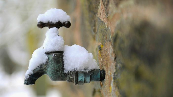 How Do You Prevent Pipes From Freezing?