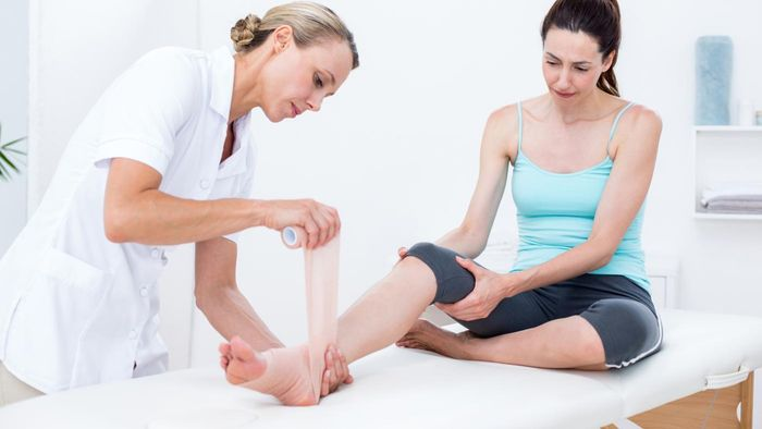 What Health Care Professionals Can Help to Determine Ankle and Foot Pain Causes?