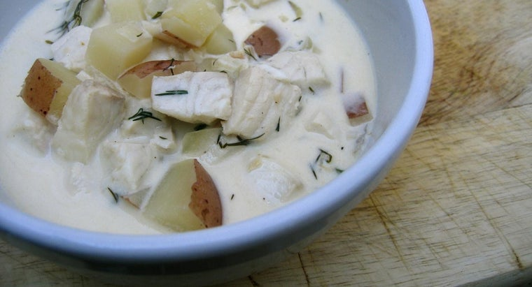 What Are Some Popular Fish Chowder Recipes?