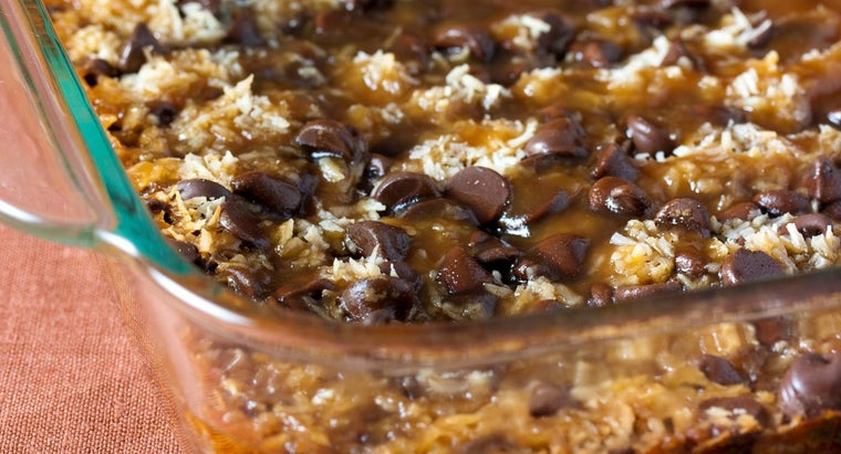 What Is a Recipe for Seven-Layer Cookie Bars?