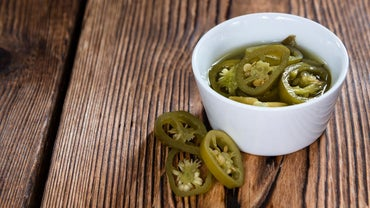 What Are Some Good Pickled Jalapeño Brands?