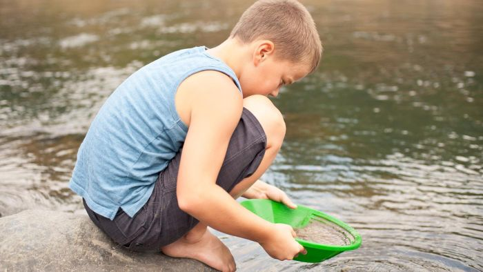 Where Are the Best Places for Children to Go Gold Panning?