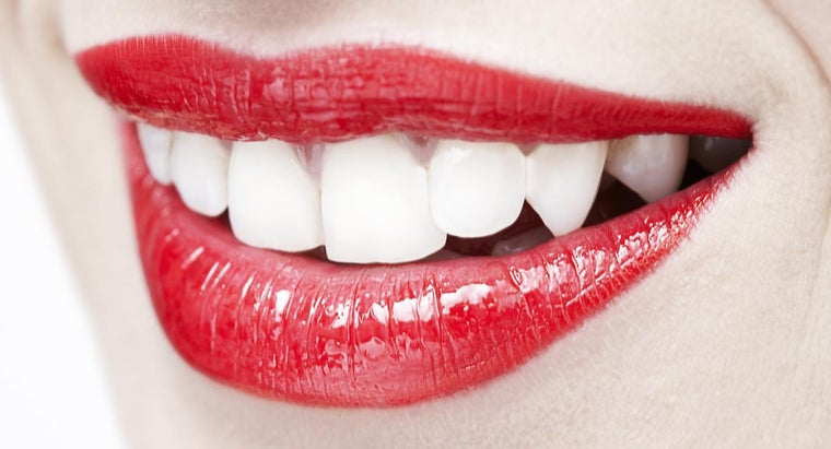 What Are Some Good Home Remedies for Teeth Whitening?