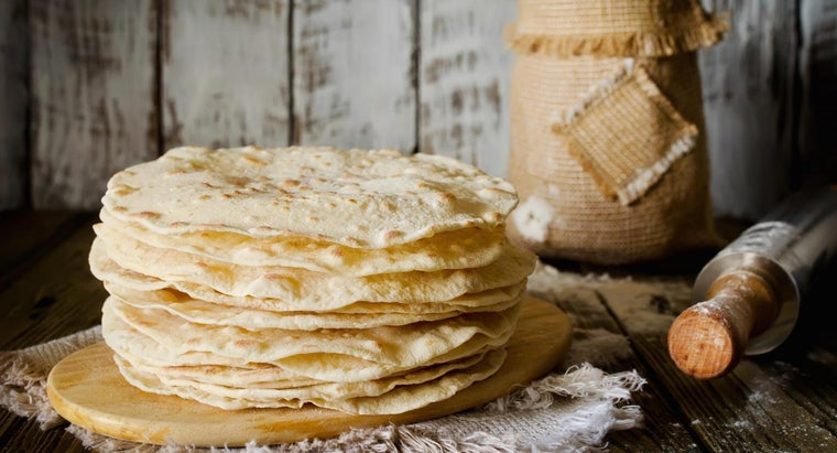 What Is a Simple Recipe for Flour Tortillas?